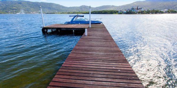 Casa com trapiche na Lagoa (1)